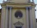 La facciata della chiesa di Reaglie